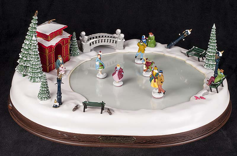 Mr Christmas Holiday Skaters Victorian Animated Musical